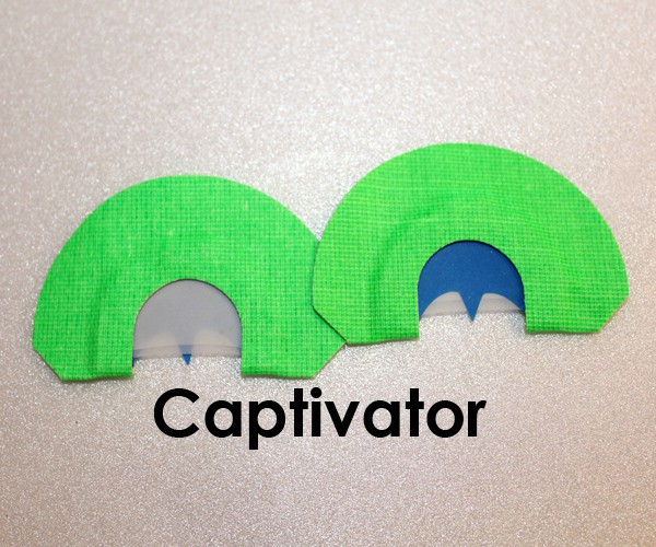 captivator_wb_label